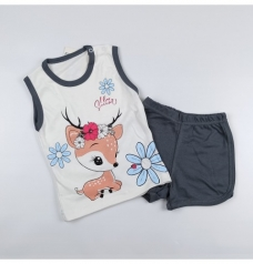 """Комплект для девочки """"Олененок"""" (футболка, шортики)"""